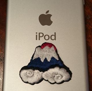富士山ワッペンを付けたiPod touch