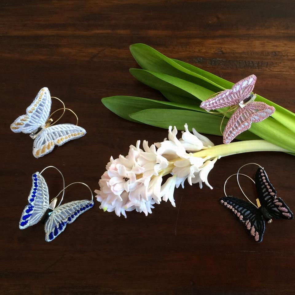 蝶々刺繍ブローチ/全体ヒヤシンス