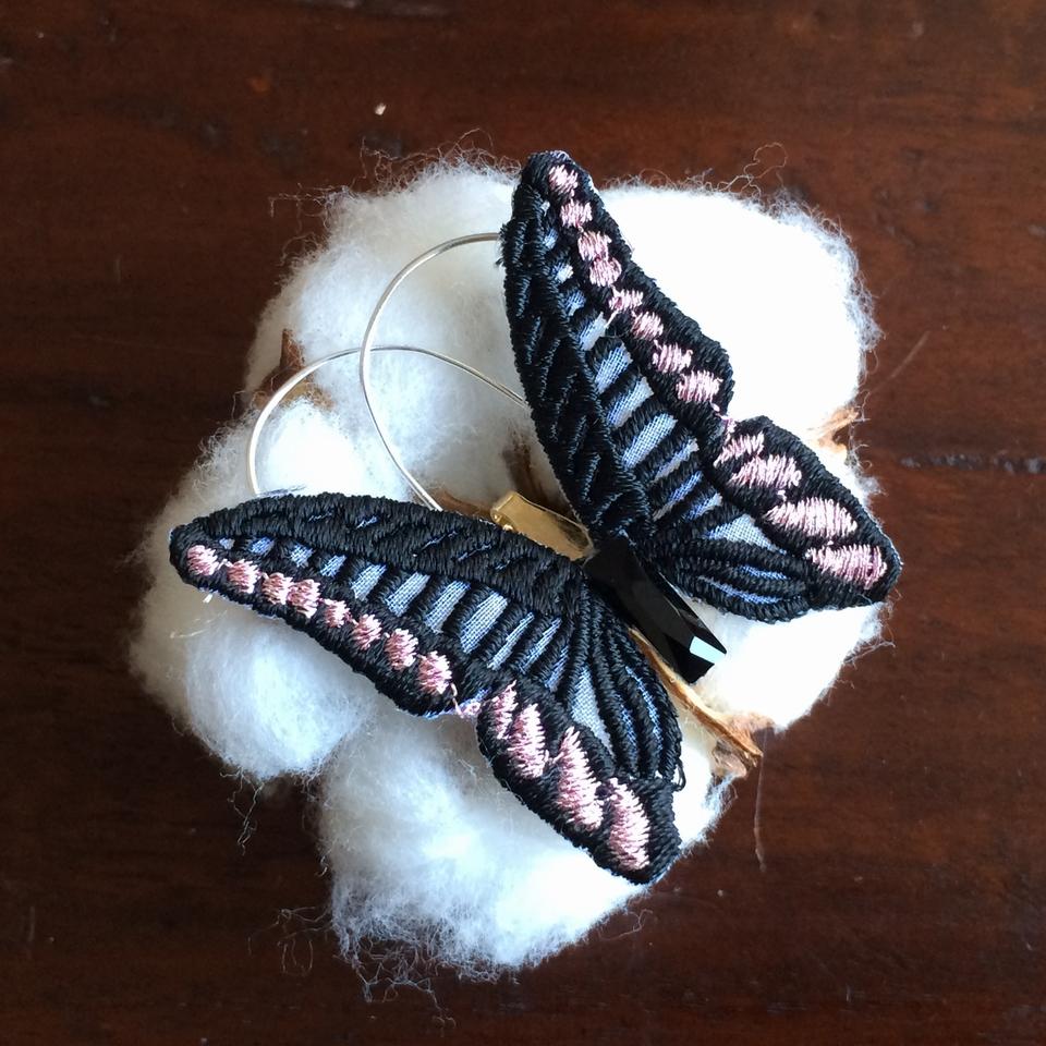 蝶々刺繍ブローチ/Black
