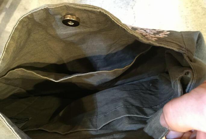 リーフ刺繡内側ポケット