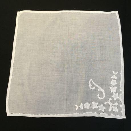 Buranoハンドワーク刺繡ハンカチーフ:イニシャル I正方形