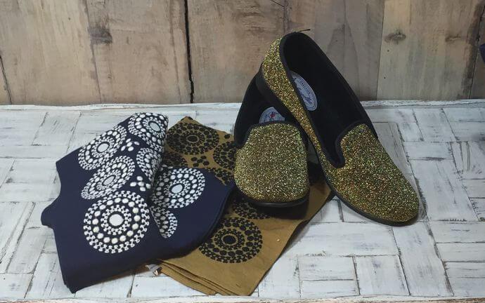サークル刺繡ハンカチーフINDIA靴と一緒