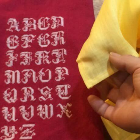 リネンハンカチ:白糸イニシャル刺繡yellow