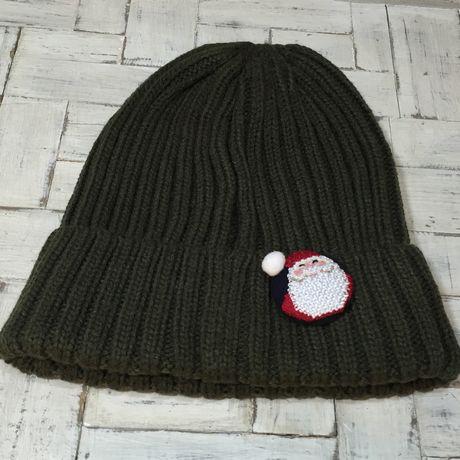 サンタスマイル刺繍くるみボタン帽子付き