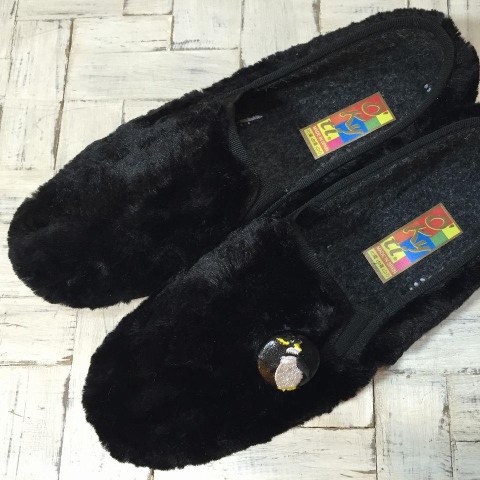 ペンギン刺繍くるみボタン29/靴ボア黒革