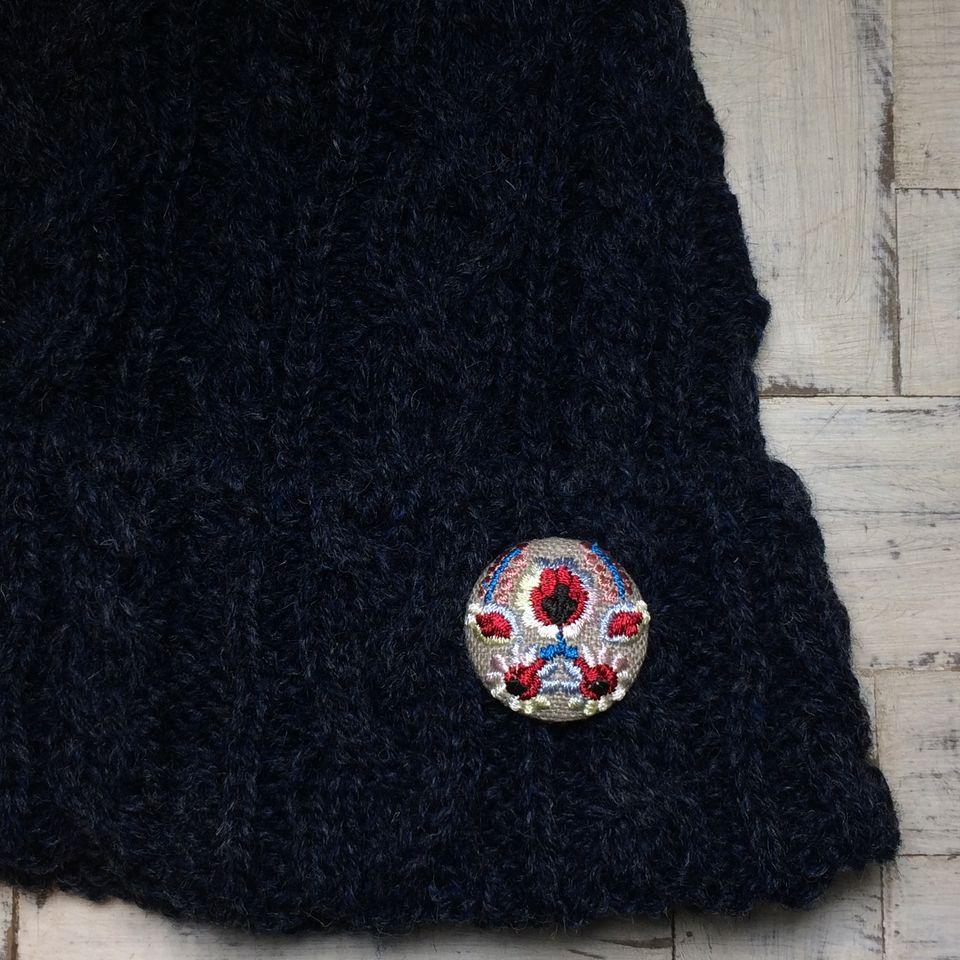 Hungary花と実[ピンク]刺繍くるみボタン/帽子+麻Natural