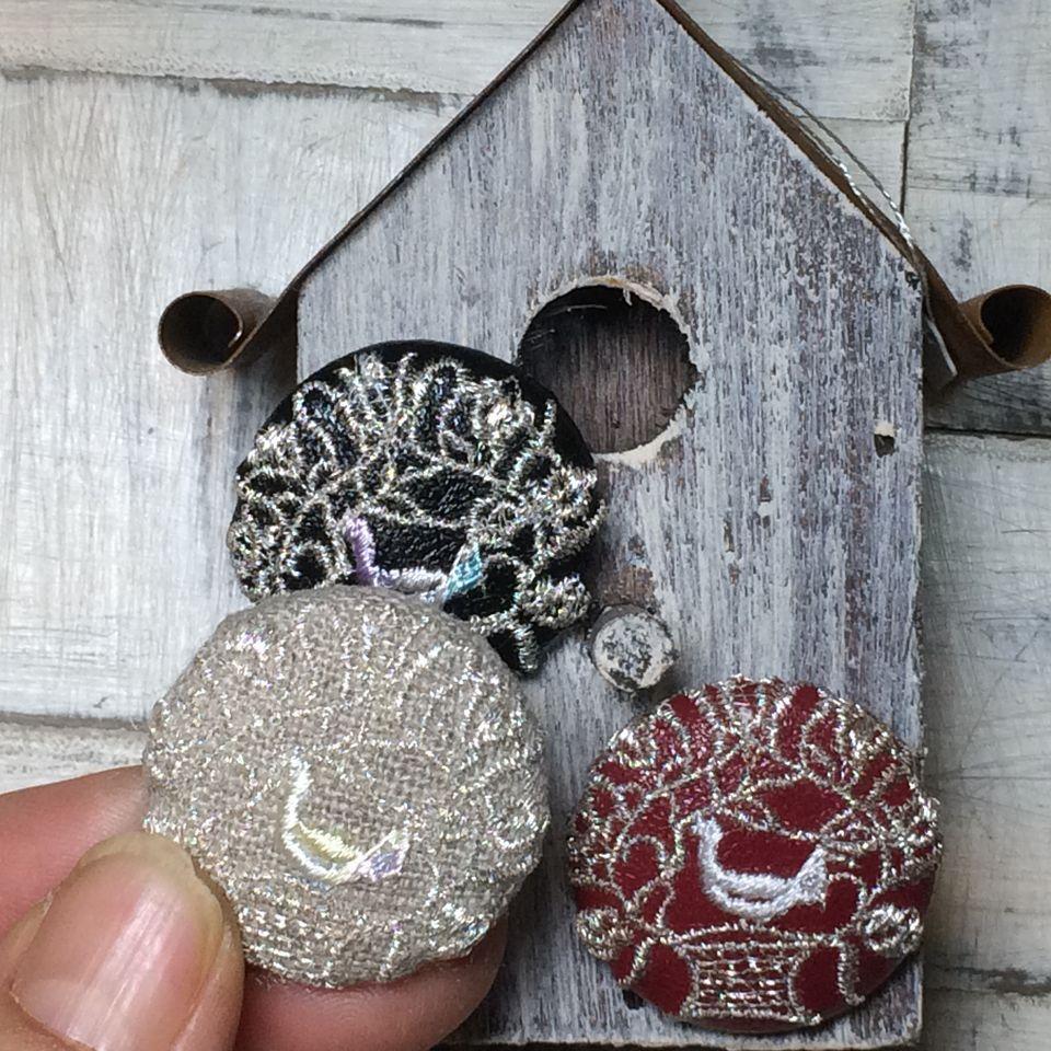 鳥カゴかずら[銀ミックス]刺繍くるみボタン/鳥の巣