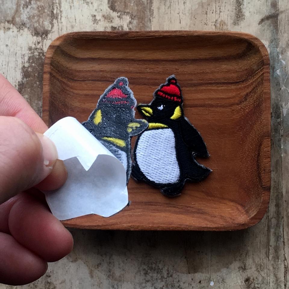 ペンギンの行進刺繍ワッペン/背面加工親