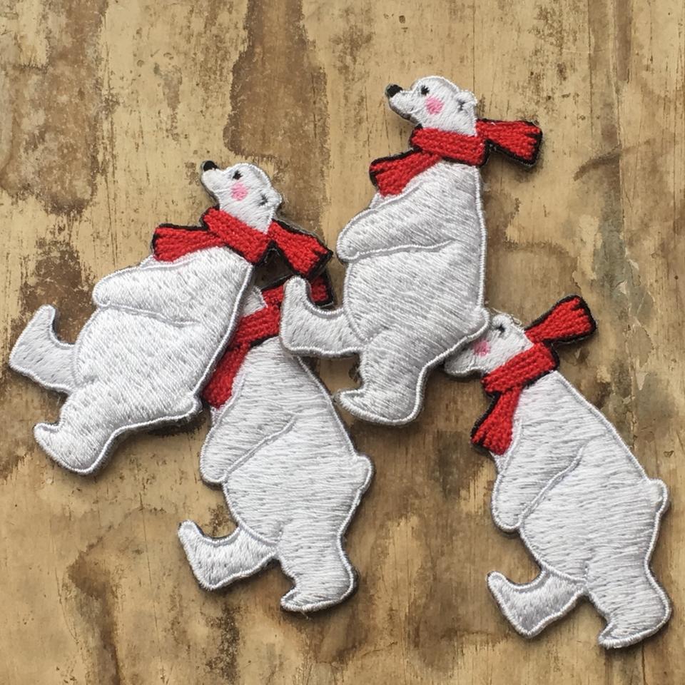 白クマの行進親子刺繍ワッペン/親4匹