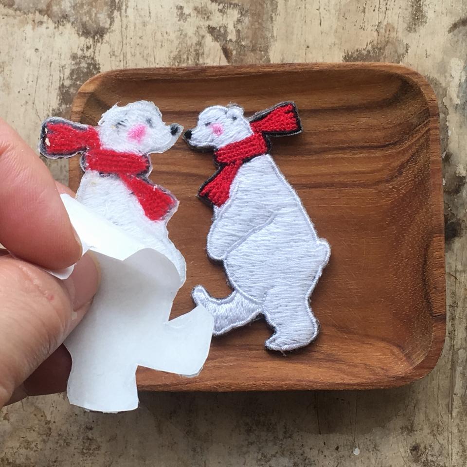 白クマの行進親子刺繍ワッペン/親背面加工
