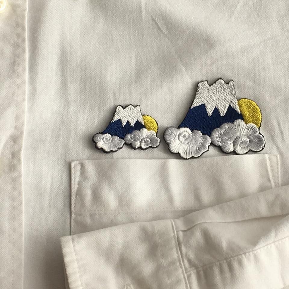 富士山月夜ステッカー刺繍ワッペン-シャツへアップ