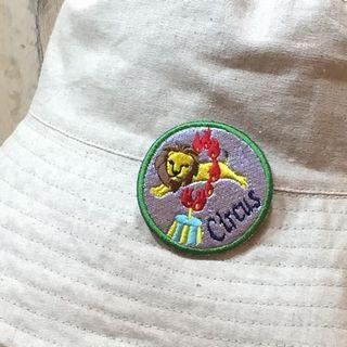 刺繍ブローチにしたライオンのオリジナルワッペン