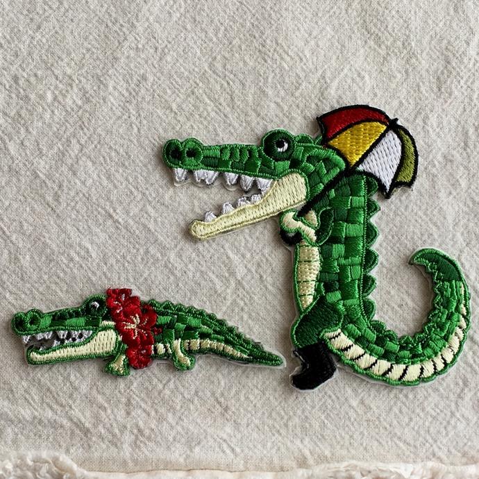 ワニ行進[パラソル]刺繍ワッペン