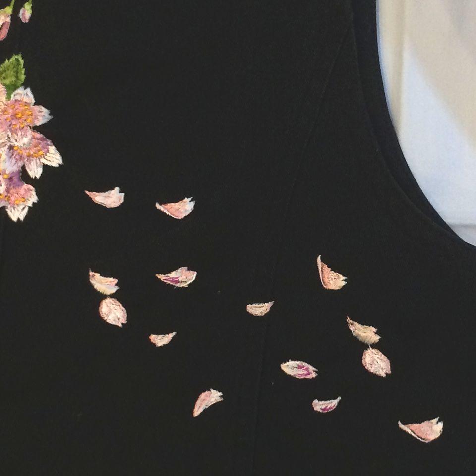 桜刺繍花びら