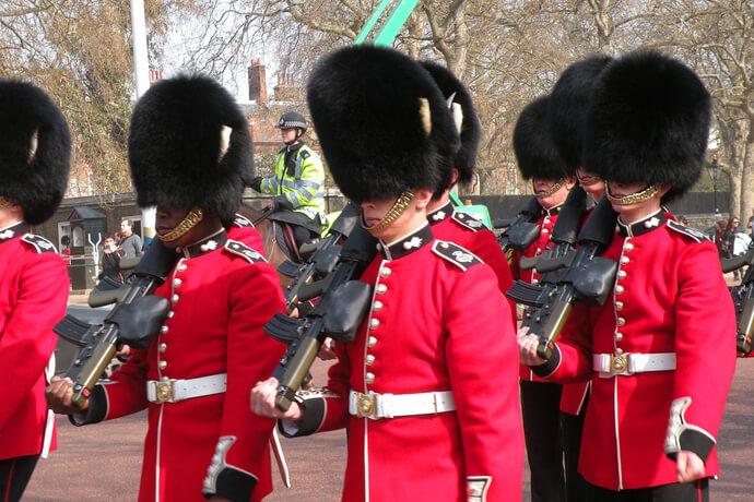 イギリスの衛兵の写真