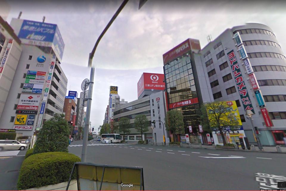 JR吉祥寺駅北口交差点