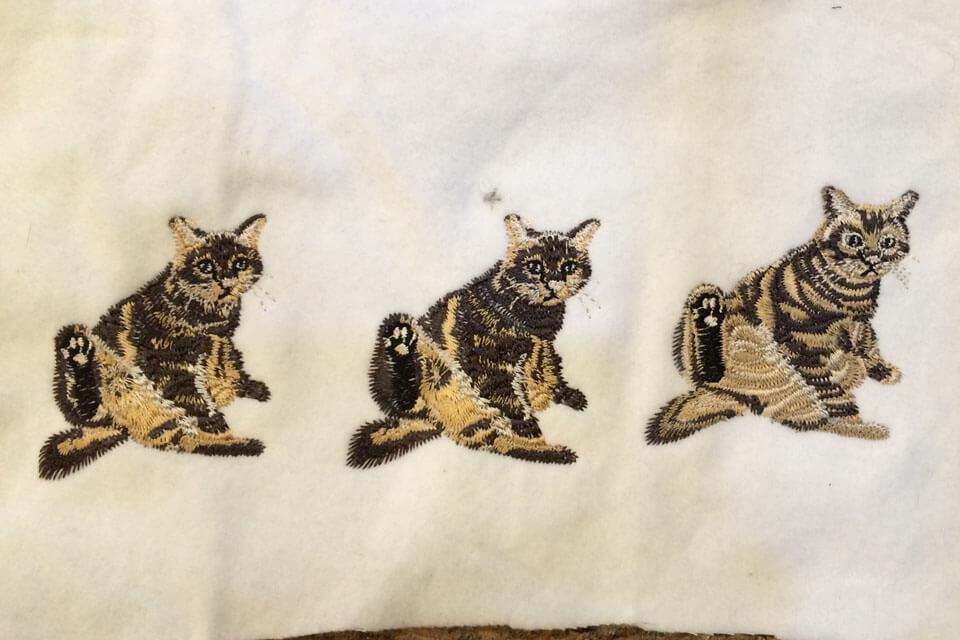 写真から起こした猫の刺繍サンプル3パターン例