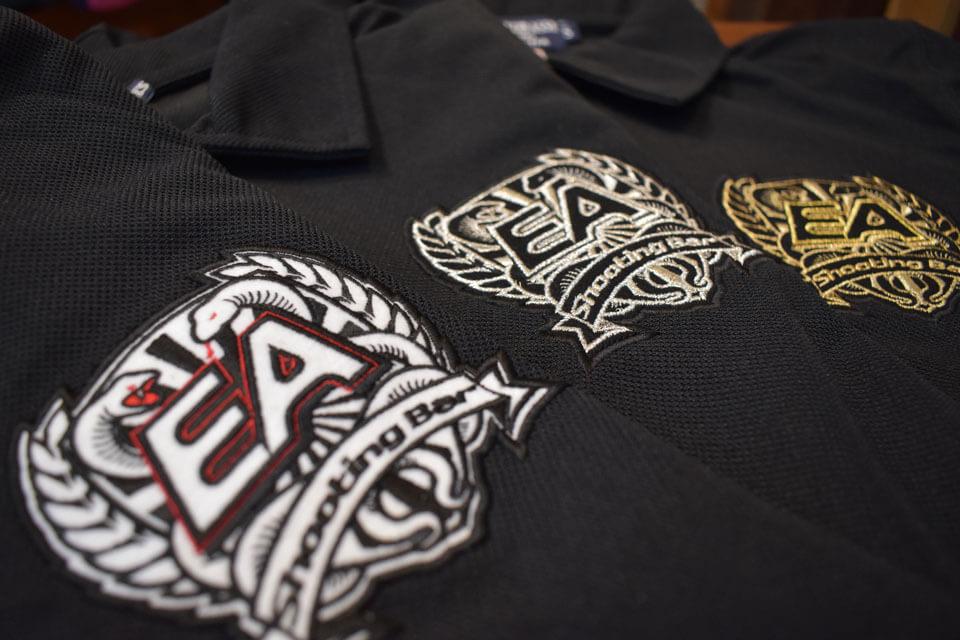 シューティングバーEA様の刺繍ロゴ入りポロシャツサンプル3例