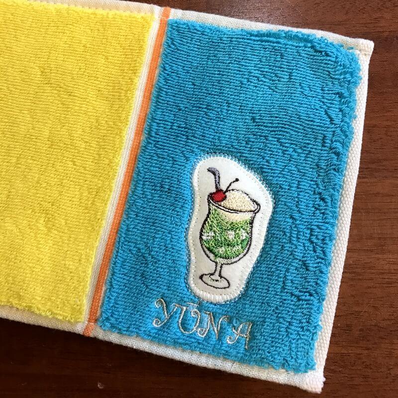 クリームソーダ刺繍ハンカチ