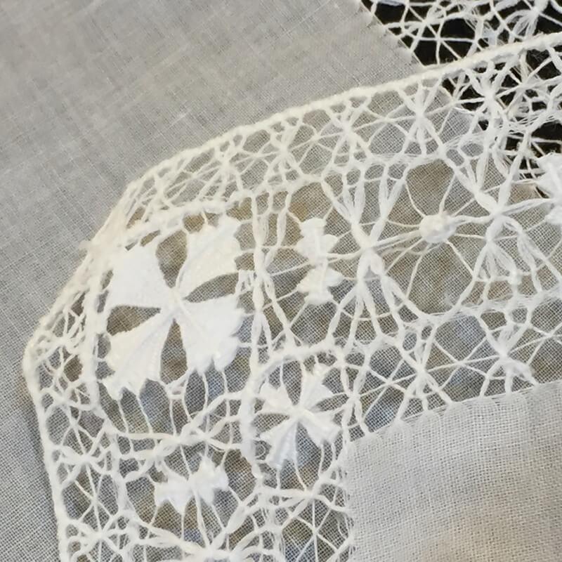 Buranoハンドワーク刺繍ハンカチーフ裏