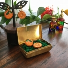 オレンジ刺繍ピアス・イヤリングイメージ花3
