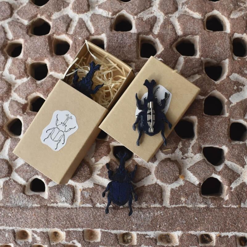 カブトムシ刺繍ブローチ箱