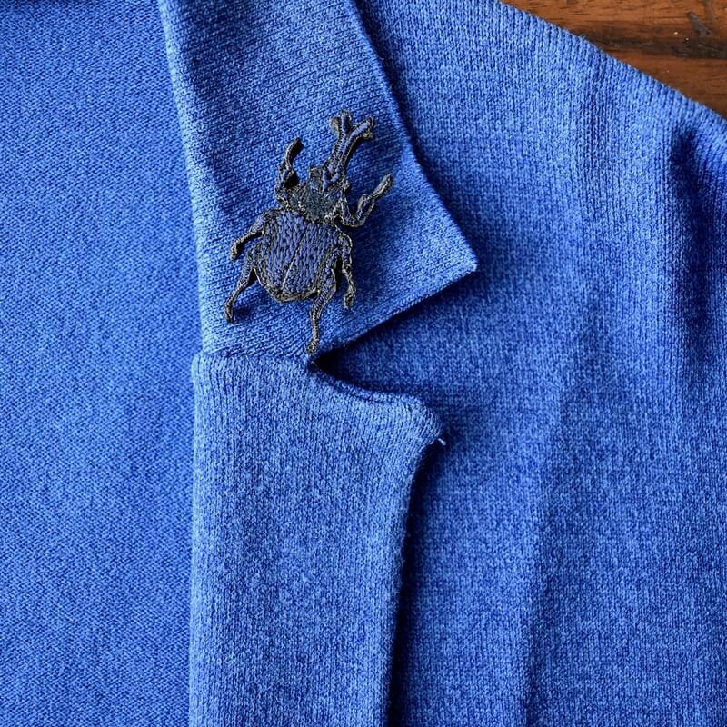 カブトムシ刺繍ブローチジャケット