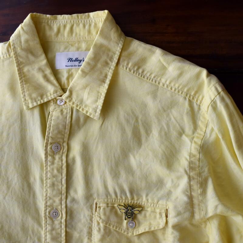 ミツバチ刺繍ブローチシャツ