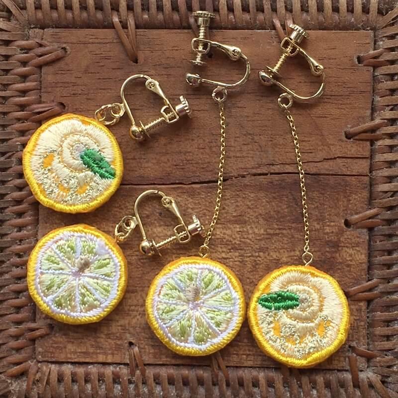 レモン刺繍アクセイヤリング