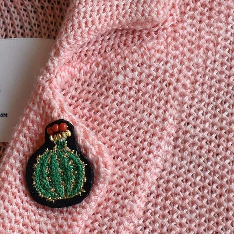 サボテン王冠刺繍ピンアップ