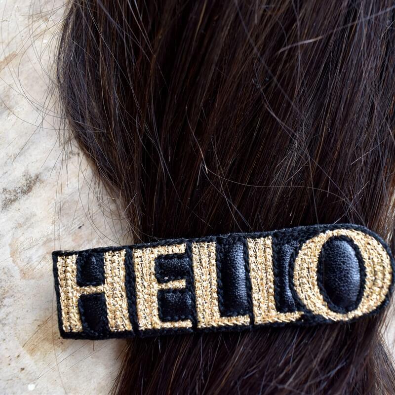 こんにちは[HELLO]刺繍クリップヘアクリップ