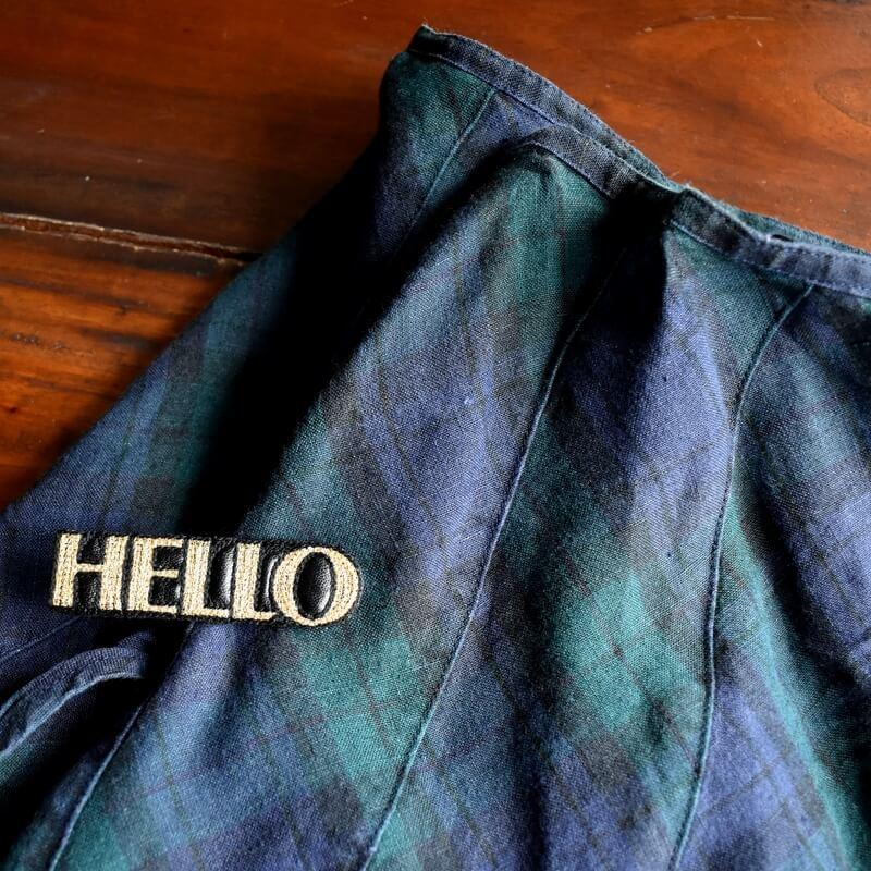 こんにちは[HELLO]刺繍クリップスカート