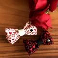 刺繍の蝶ネクタイ/トランプハート白黒とバラ