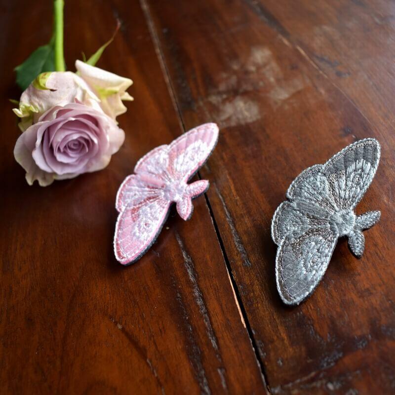 蛾]昆虫の刺繍ブローチサンプル