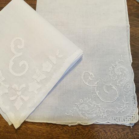 Buranoハンドワーク刺繡ハンカチーフ:イニシャル Ex460