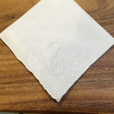 Buranoハンドワーク刺繡ハンカチーフ:イニシャル Lx460