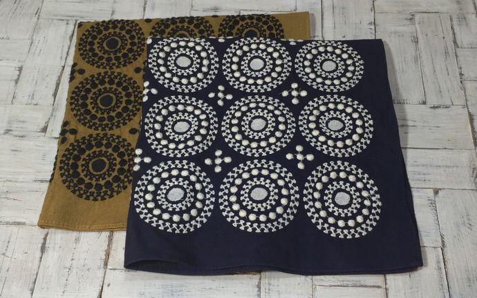 サークル刺繡ハンカチーフINDIA2色形