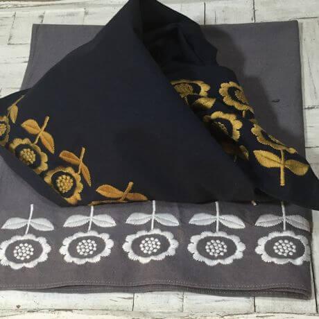 デイジーフラワー刺繡ハンカチーフINDIAx460
