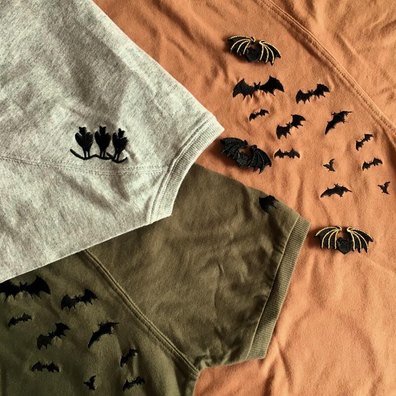 コウモリ刺繍Tシャツ3色イメージ