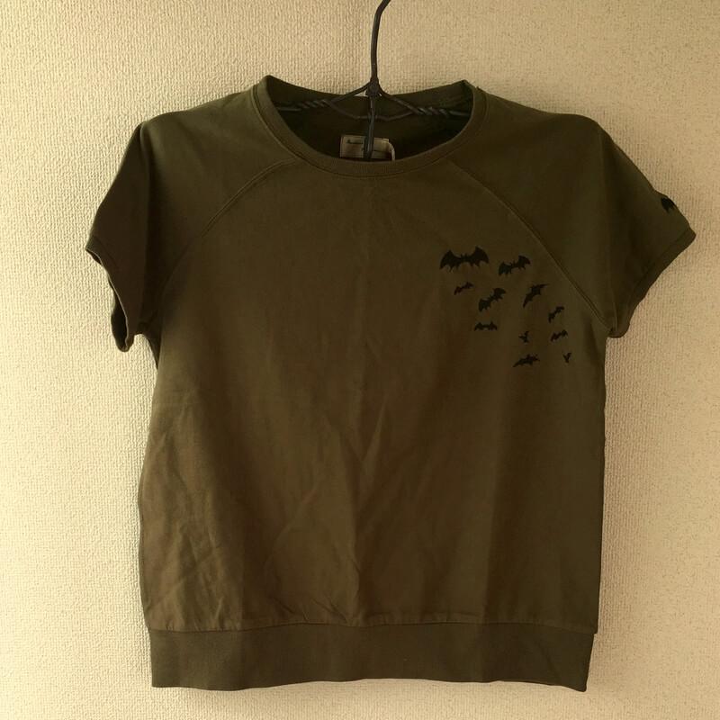 コウモリ刺繍TシャツハンガーKH