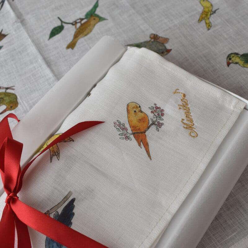 リネンハンカチ・バードウォッチング刺繍アップ