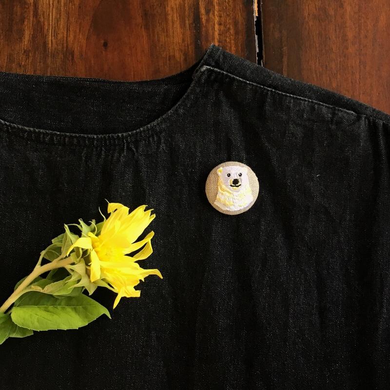 白くまママ刺繍くるみボタン38mmワンピース
