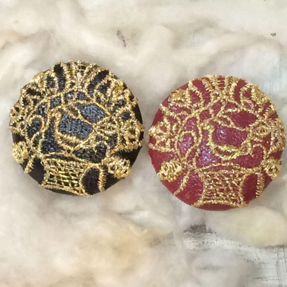 Hungary鳥カゴ[金]刺繍ボタン2種