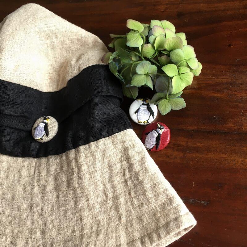 ペンギン29刺繍ボタン帽子
