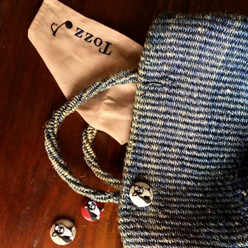フレンチブルドック29刺繍ボタンバック