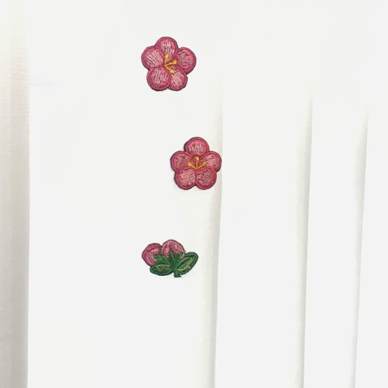 刺繍ワッペン/桃の花カーテンへ