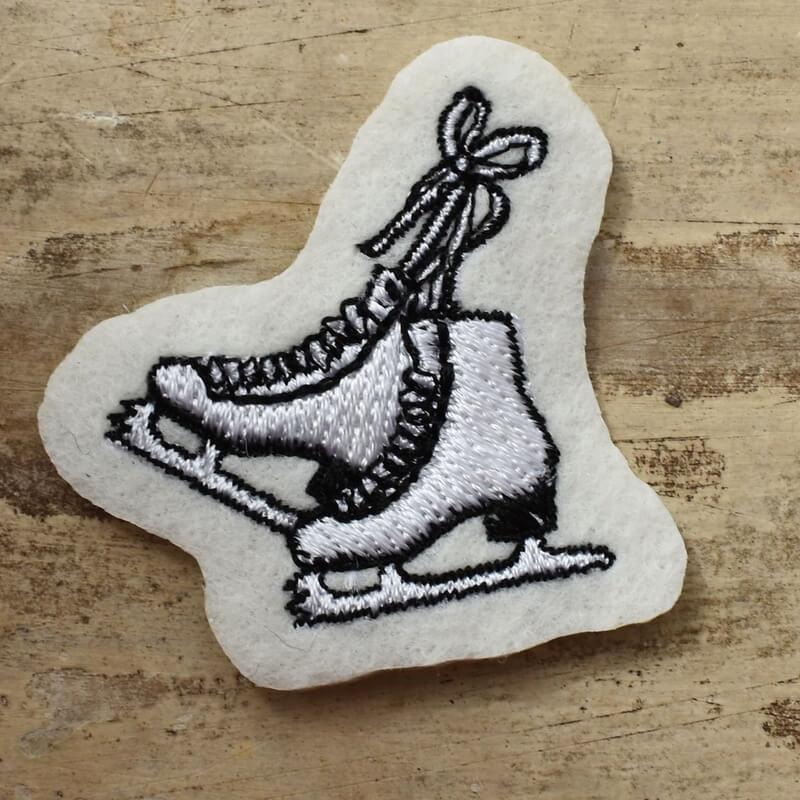 フィギア刺繍スタンダード