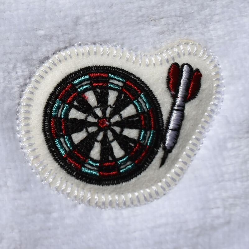 ダーツ刺繍タオル