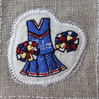 チアリーディング刺繍トップ
