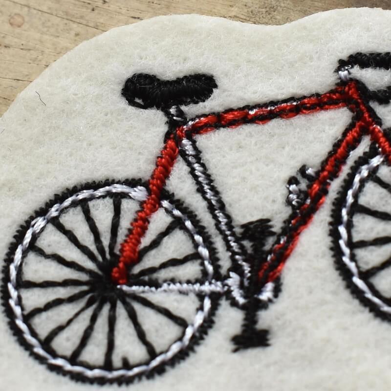 サイクリング刺繍アップ